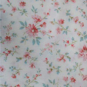 baumwolle renforce bluemchen mini fleurs weiss koralle kleine bluemchen westfalenstoffe naehzimmer mit herz